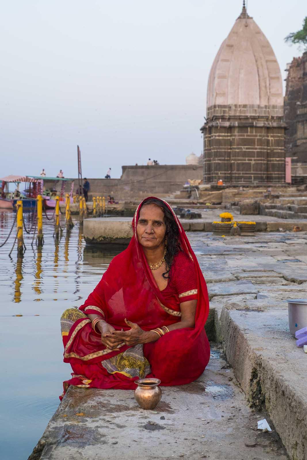 narmada ghat maheshwar