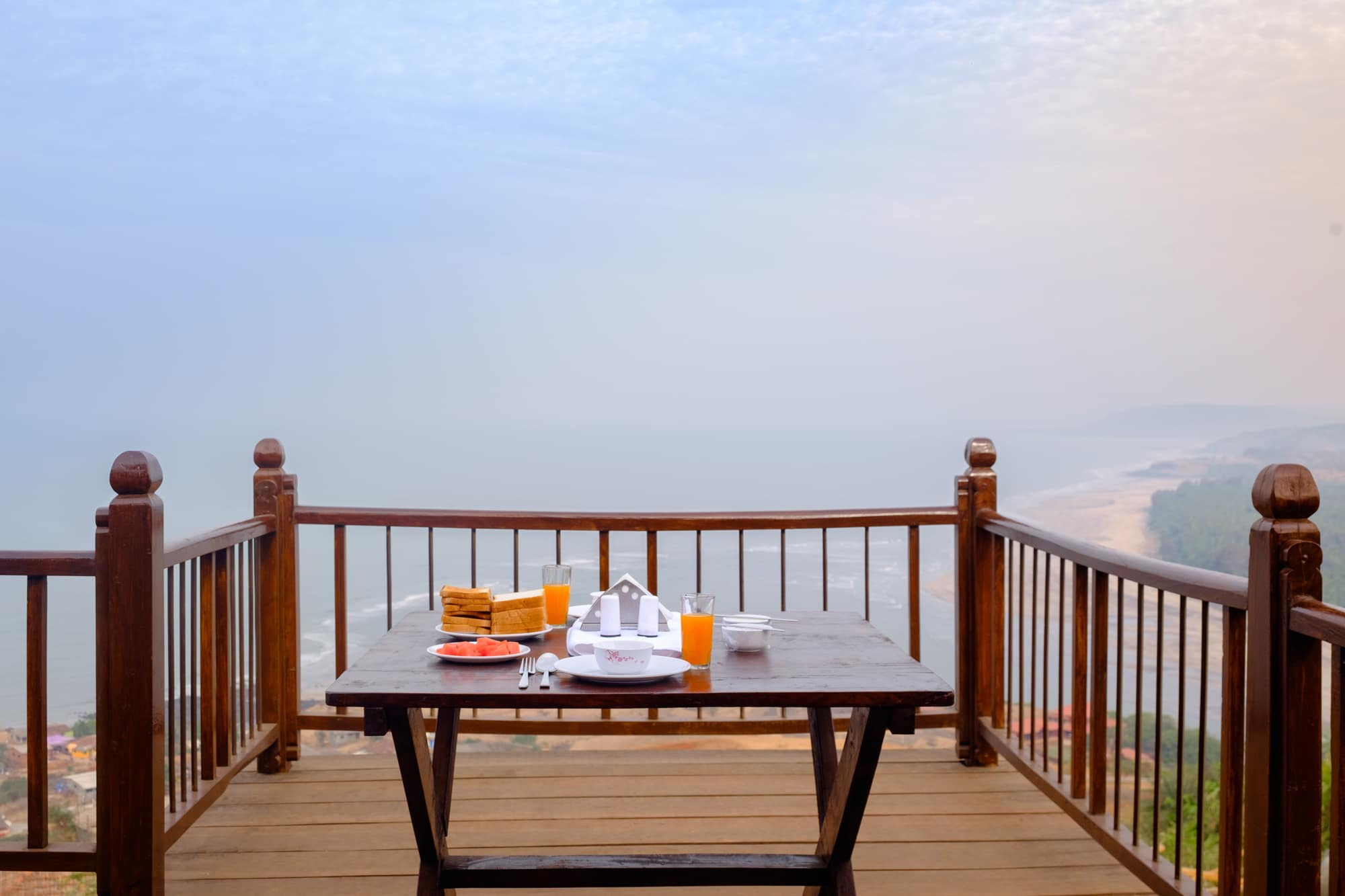 Breakfast with a view, Villa 270, Dapoli