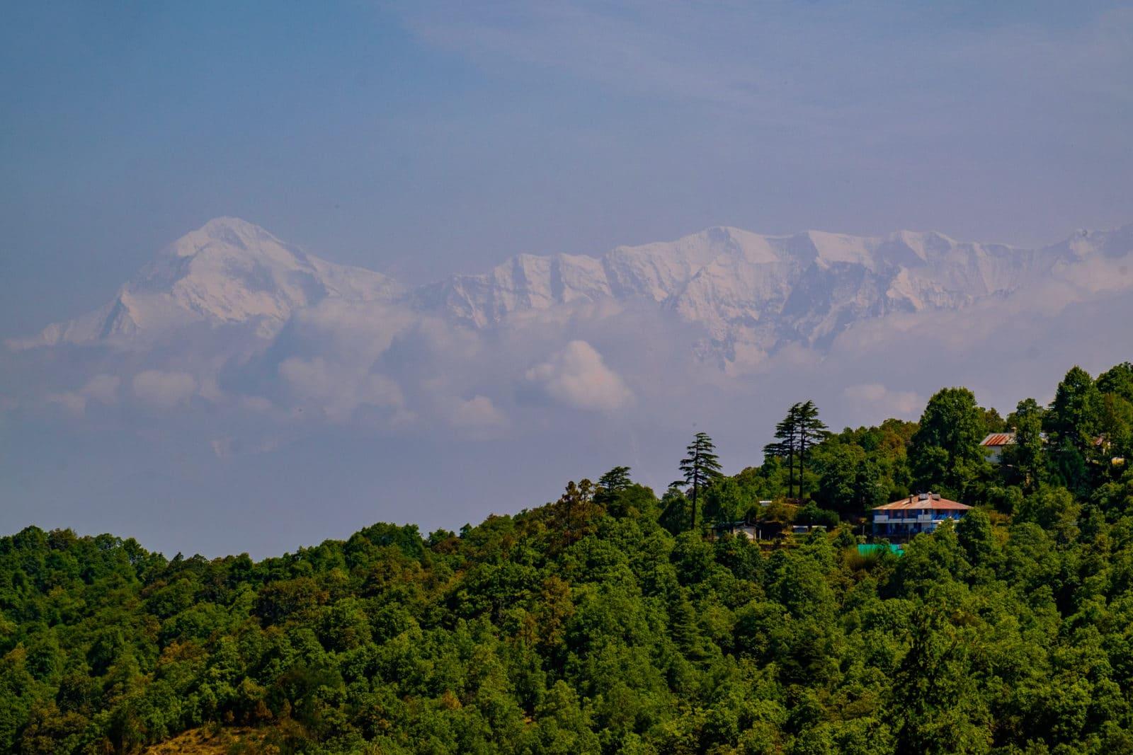 Mountain views in Binsar