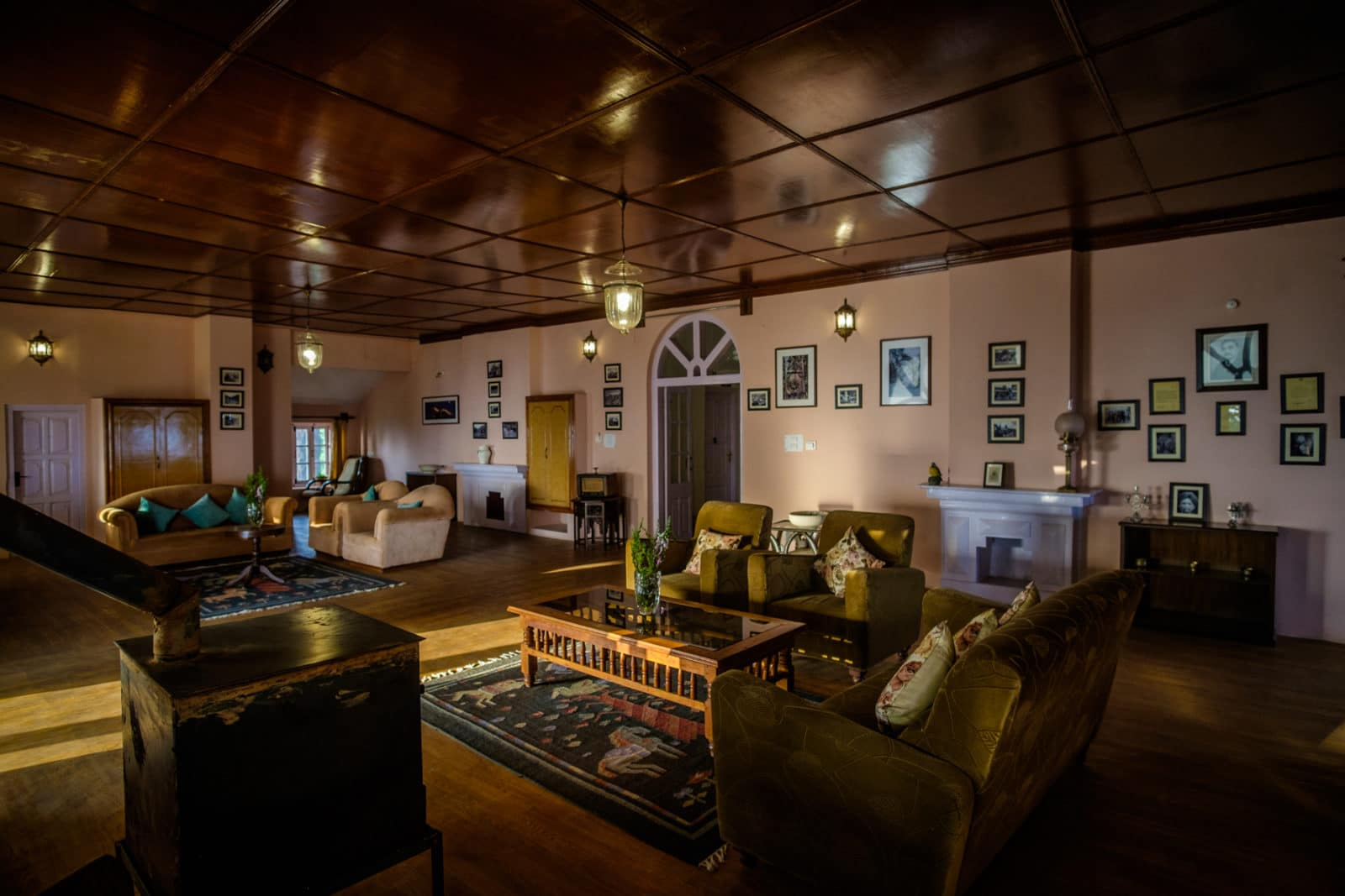 Sunset Lounge, Grand Oak Manor